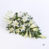 White Lily Spray *